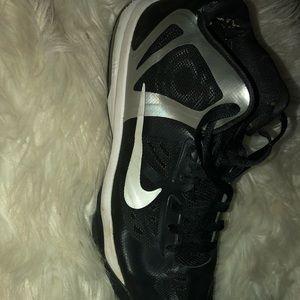 Nike Shoes - 🖤🏀 Rare Nike Air Max Hyper Agressor